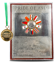 Pride of Asia International Gold Medal In 1992.